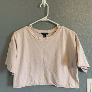 soft pink cropped tee